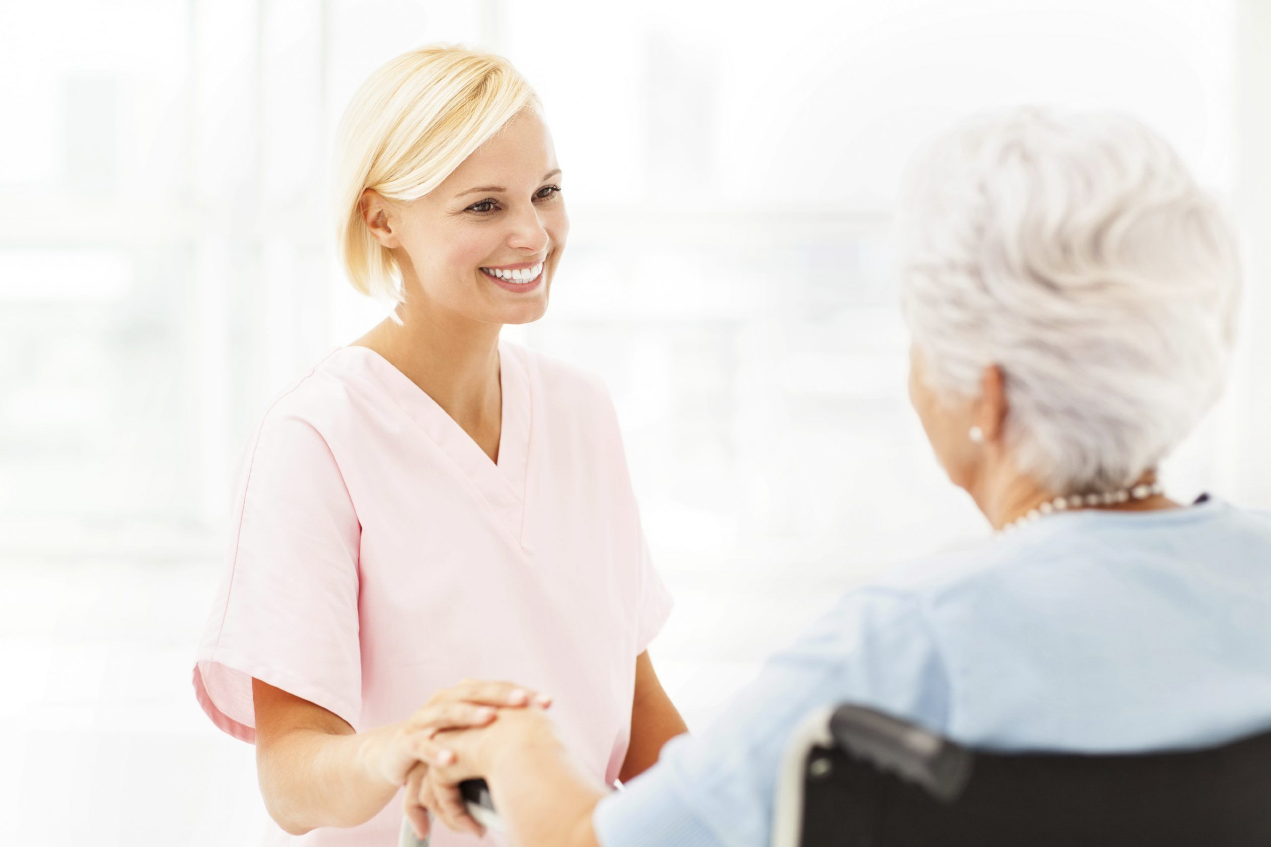Alternativa al cuidado en las residencias
