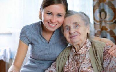El papel de la Administración Pública en la atención a las personas mayores