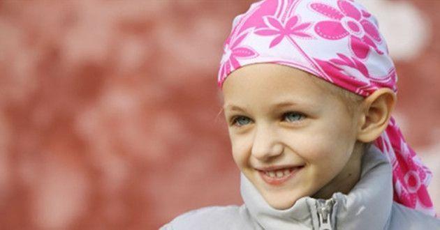 Padres con niños con cancer alertan de la situacion