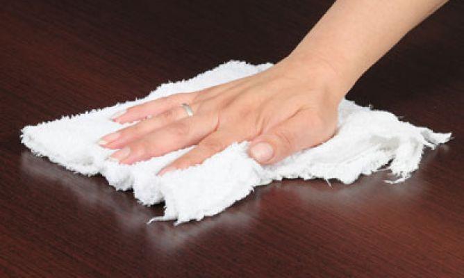 Como limpiar las manchas de la madera