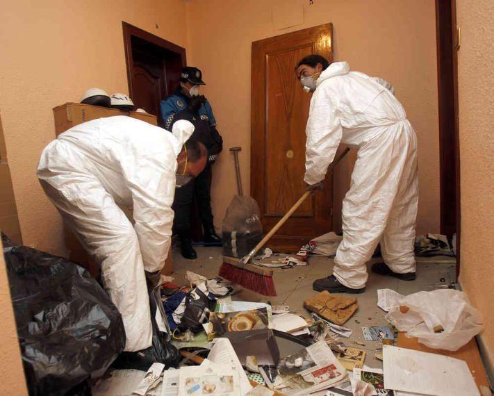 Cómo realizar la limpieza tras un Síndrome de Diógenes